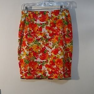 3/$15 Foreve 21 essential muti-color skirt size 4.